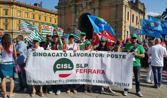 Continuano i sit-in contro la privatizzazione di Poste